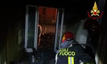 Incendio a Lusiana: deceduti due cani