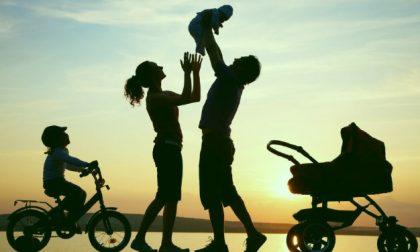 Riflettori puntati sulla genitorialità.