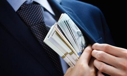 Truffa online, 46enne di Schio compra chitarra elettrica ma il venditore sparisce coi soldi