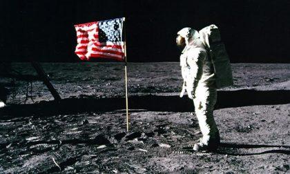"""""""Destinazione Luna: Un viaggio da Tolomeo all'Apollo 11"""""""
