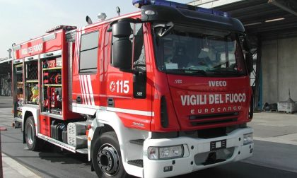Auto a fuoco in autostrada a Montecchio