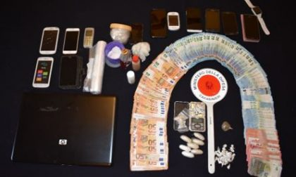Cocaina ed eroina nascoste nei boxer: arrestato un 27enne