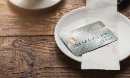 Contante o carta di credito? Iva che cambia come l'umore dei ristoratori e commercianti
