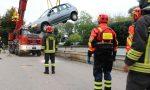 Auto finisce nell'Astichello all'altezza dell'ospedale San Bortolo: Recuperata VIDEO