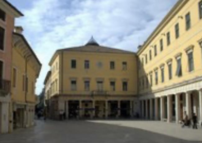 Trattamento antiscivolo del centro storico a Valdagno