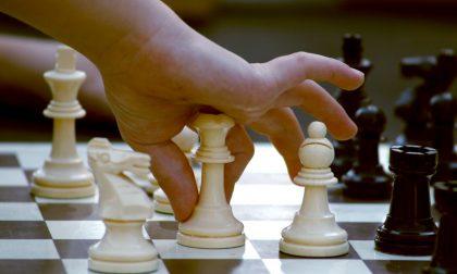 Sfide, regole e strategie: «Giochiamo a scacchi in famiglia»