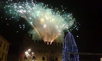 Vigilia con incendio del Castello e il concerto di Santo Stefano