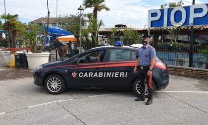 Lago di Garda, 19enne si tuffa ma non riemerge più: è gravissima