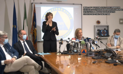 """""""Ecco la carta d'identità del Covid Veneto"""": parlano i virologi"""
