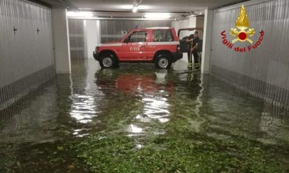 Bomba d'acqua a Schio, strade come torrenti: danni e disagi in centro – VIDEO