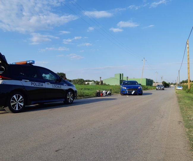 Con lo scooter invade la corsia opposta, frontale con l'auto: 51enne di Dueville ferito