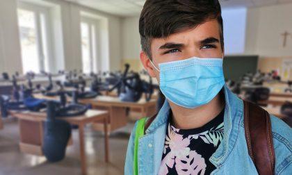 """Obbligo di mascherina anche per genitori e accompagnatori: Verona """"fa scuola"""""""
