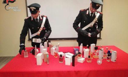 Flaconi di profumi con marchi contraffatti, denunciato 49enne di Schiavon