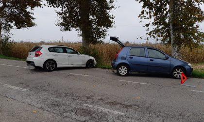 Incidente a Schio, si scontrano e finiscono contro gli alberi: due scledensi feriti
