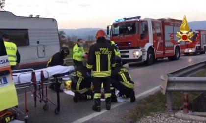 Tragico frontale tra camper e auto a Nove: un morto e due feriti. Vittima un 71enne di Romano d'Ezzelino – VIDEO