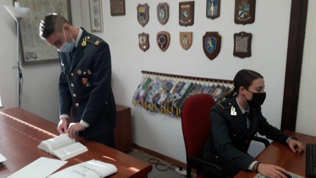 Reddito e pensione di cittadinanza percepiti illegalmente: 15 denunce e circa 123mila euro da recuperare