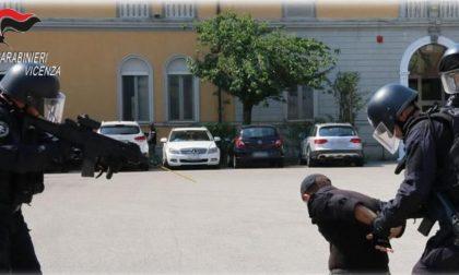 Rapina alla società che produce monili d'oro: nove arresti dei Carabinieri