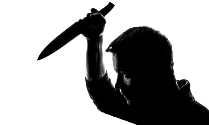 Aggredito dal padre ubriaco lo ammazzò: non era vero, l'aveva drogato lui