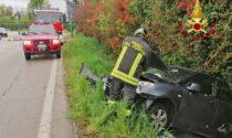 Paura lungo la Marosticana, un'auto finisce fuori strada