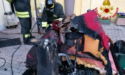 Incendio in una taverna, casa invasa dal fumo