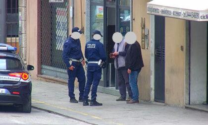 Atteggiamenti sospetti in Piazzale Bologna: bloccato un pusher