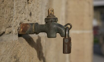 Noventa Vicentina: danneggiata la condotta idrica, rubinetti a secco fino a sera
