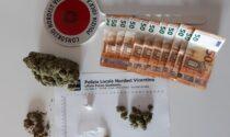 Spaccio di droga vicino alla scuola Ferrarin, tre giovani denunciati