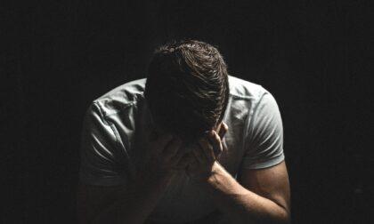 Dopo il 18enne di Bassano morto in dad, un altro ragazzo a Roma: c'entra di nuovo il nitrito, si parla di suicidio