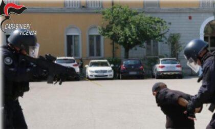 """""""Mafia"""" rumena nel Vicentino, estorsioni ai connazionali: smantellata l'organizzazione"""
