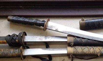 Minaccia di morte la ex con una Katana e il padre con una mazza da baseball