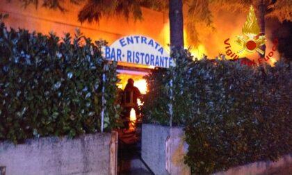 Incendio a Montecchio Maggiore, a fuoco locale di servizio di un ristorante