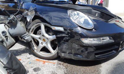 Mezzogiorno di fuoco sulle strade vicentine: tre feriti (uno grave) e una Porsche distrutta