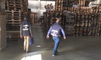 Evasione fiscale nel settore del legno, maxi sequestro da 1,2 milioni: nove imprenditori indagati
