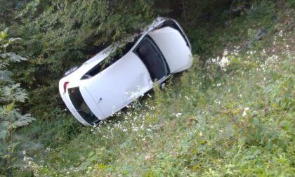 Valli del Pasubio, donna perde il controllo e finisce con l'auto nella scarpata